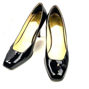 Cole Haan NikeAir Black Patent Leather Pumps